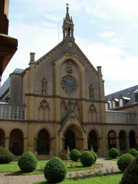 chapelle-et-cloitre Peltres